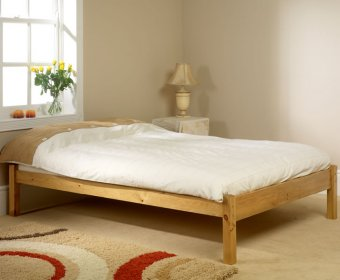 Studio Small Double 4ft Pine Bed